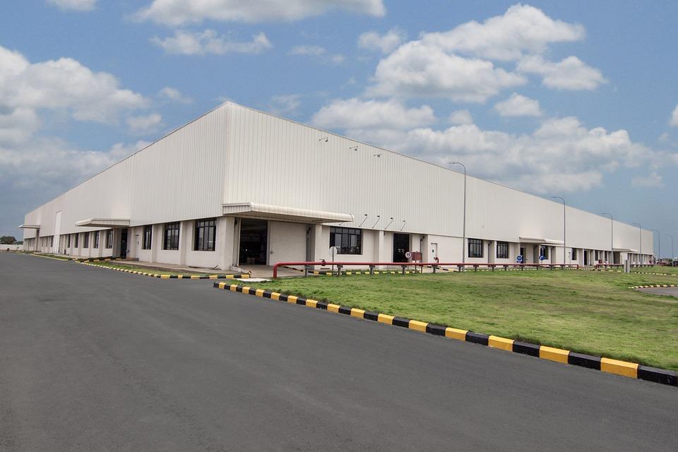 HelloFresh Warehouse Near Kansas City Installs Energy Efficiency Window Film